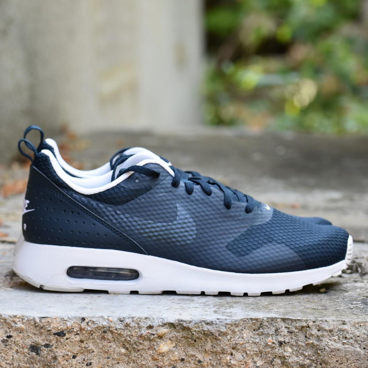 3276d18aa30 Nike AIR MAX TAVAS Pánské boty EU 41 705149-409